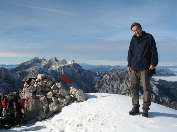 Leta 2016 se je smrtno ponesrečil naš predavatelj Janez Šturm.